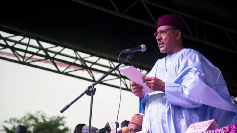 محمد أبو العزوم.. أول رئيس عربي للنيجر من أصول عربية