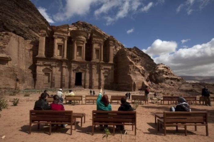 مليار دينار خسائر قطاع السياحة في الاردن
