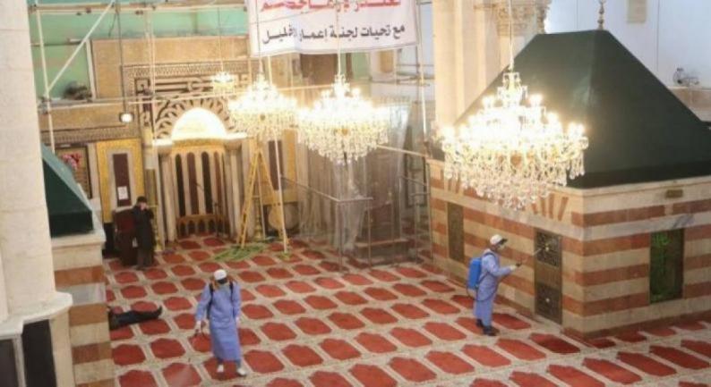 الاحتلال يمنع لجنة إعمار الخليل من استكمال أعمال ترميم الحرم الإبراهيمي