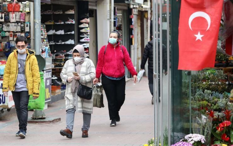تركيا تسجل أعلى حصيلة إصابات بكورونا منذ بدء الجائحة