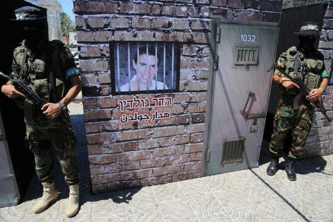 والد جندي أسير لدى المقاومة: نتنياهو تخلى عن جنودنا