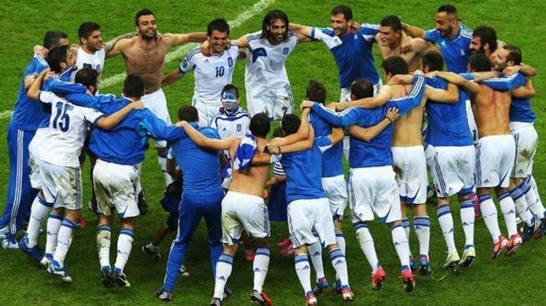 الاغريق يقصون الروس ويتأهلون مع التشيك لدور الثمانية