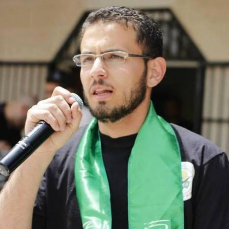 والدة الطالب جهاد سليم ... السلطة لا تريد الديمقراطية