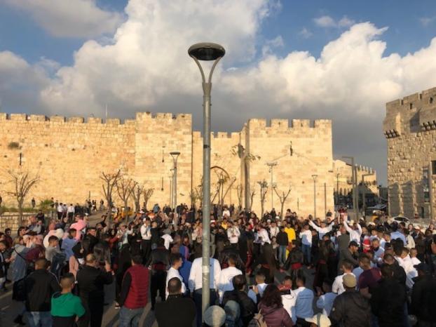 الاحتلال يعتقل عددا من نشطاء التجمع الوطني المسيحي خلال احتفالات أعياد الميلاد في القدس