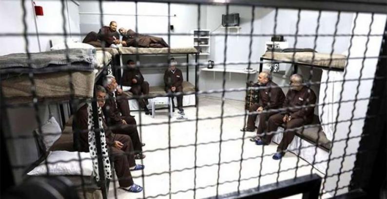 """تسجيل إصابات جديدة بفيروس """"كورونا"""" بين أسرى سجن """"ريمون"""""""
