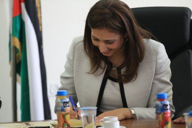 توقيع اتفاقية بين حكومتي فلسطين والسويد لدعم التعداد العام 2017