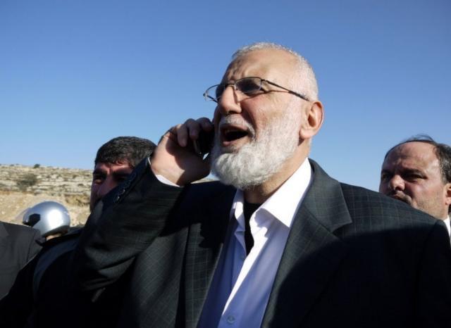 الاحتلال يُفرج عن النائب المقدسي محمد أبو طير