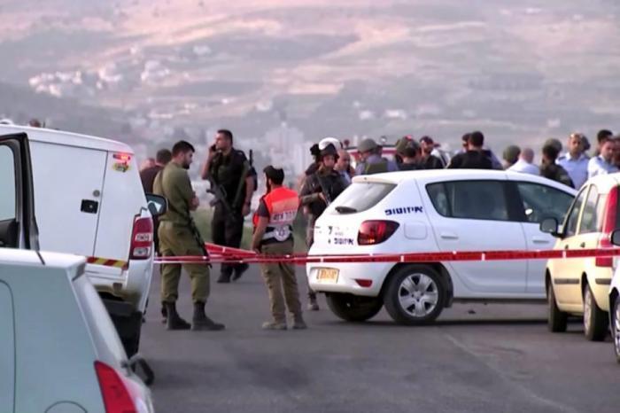 """مقتل أحد المستوطنين المصابين بعملية حاجز """"زعترة"""""""
