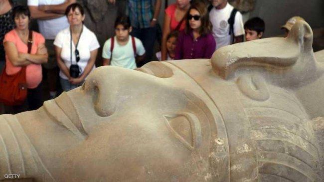 قبرص تعيد 14 قطعة أثرية فرعونية إلى مصر