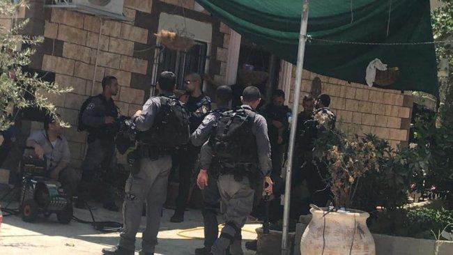 الاحتلال يهدم خيمة الاعتصام بواد الحمص بعد الاعتداء على المتضامنين فيها