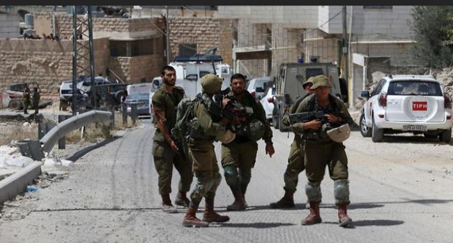 إسرائيل تطلق النار على قدمها عبر قانون منع التصوير لجنود الاحتلال