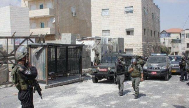 الاحتلال يقتحم مخيم شعفاط وسط القدس