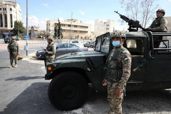 الأردن: فرض غرامات مالية وعقوبة الحبس لمخالفي قرار التنقل والتجوال