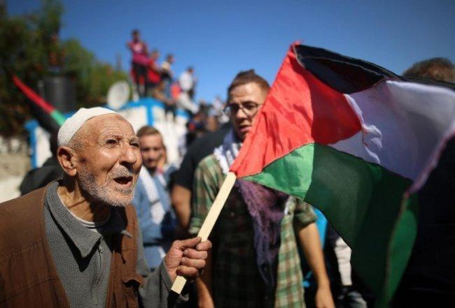 لدى بريطانيا الكثير لتعتذر عنه عندما يتعلق الأمر بالشعب الفلسطيني