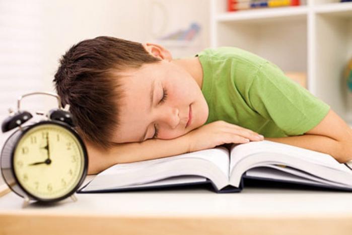 فترات النوم المناسبة لكل الأعمار