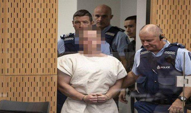 """""""سفاح نيوزيلندا"""" أمام المحكمة"""