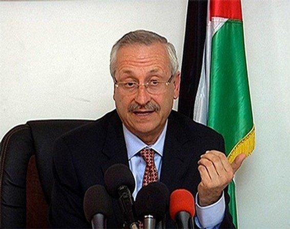 وزير الصحة يتوجه على رأس وفد طبي إلى غزه