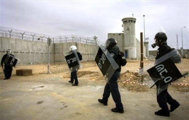 """ادارة السجون تجري حملة تفتيش قمعية في """"مجدو"""""""