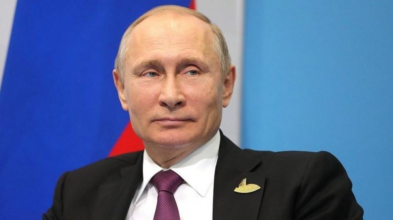 فيديو | بوتين يعلن عن تسجيل أول لقاح ضد فيروس كورونا في العالم