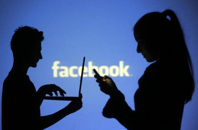 """فضائح بالجملة يتسبب فيها تحديث """"فيسبوك"""""""