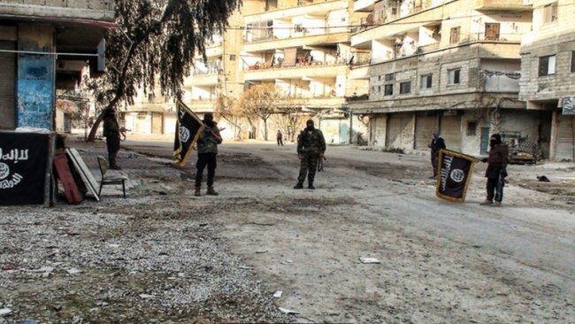 داعش ينشر صوراً لإعدام لاجئين فلسطينيين في مخيم اليرموك
