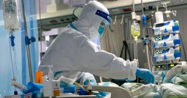 الصحة: 5 وفيات و713 اصابة جديدة بفيروس كورونا خلال الـ24 ساعة الماضية