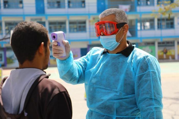 وفاة و102 إصابة جديدة بفيروس كورونا في قطاع غزة