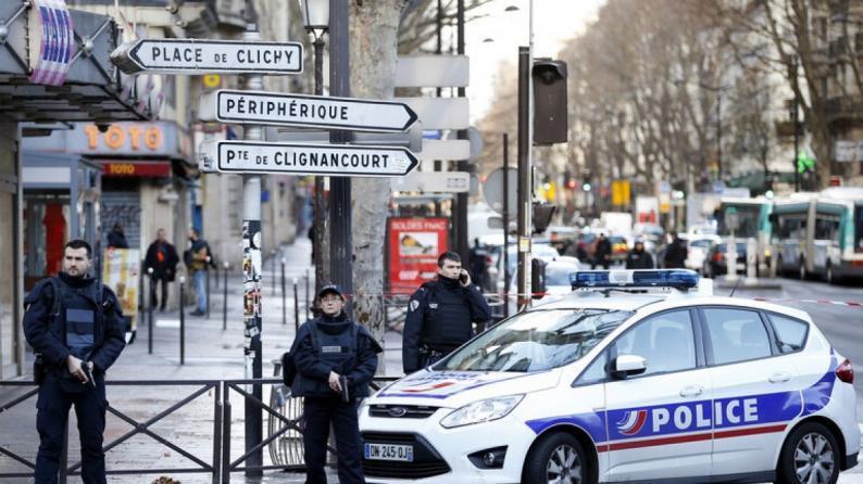 """4 مصابين بهجوم قرب المقر القديم لـ""""شارلي إبدو"""" في باريس"""