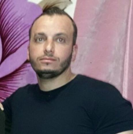 لحظة الافراج عنه .. الاحتلال يعيد اعتقال اسماعيل عفانه بعد (18) عاماً من الاسر