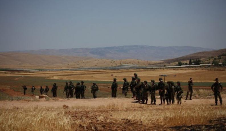 سلطات الاحتلال تشرع بمسح أراضي المواطنين في الأغوار الشمالية