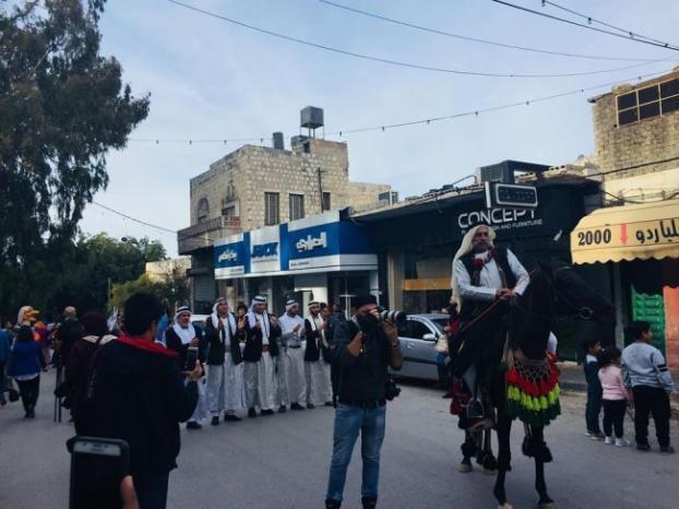 الفرح والفن في كرنفال الشارع في نابلس