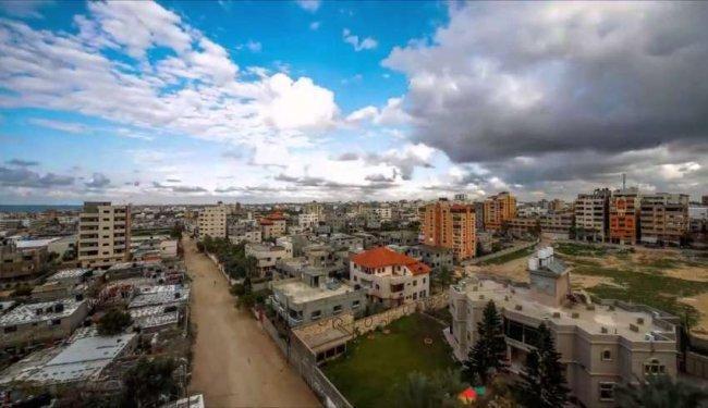 """التكافل في غزة يبرز في هاشتاغ """"#سامح_تؤجر""""، متى سنشهد ذلك في الضفة؟"""