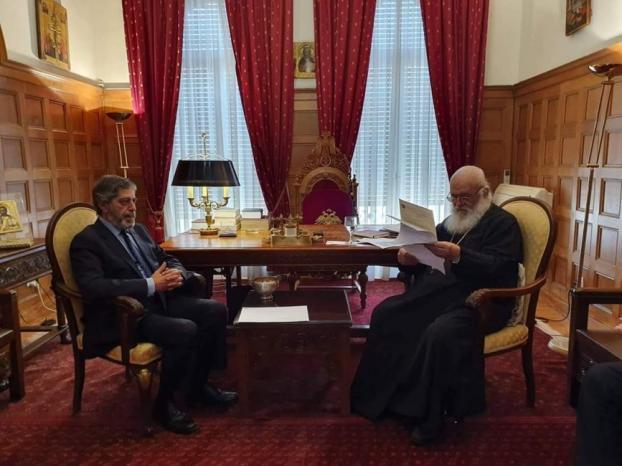 السفير طوباسي يلتقي غبطة رئيس اساقفة أثينا و عموم اليونان