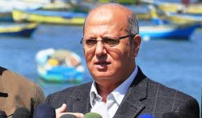 """الخضري"""" تقليص خدمات """"اونروا"""" سيشكل خطر على حياة 75٪ من اللاجئين الفلسطينيين"""