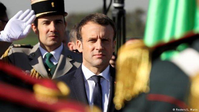 في خطوة فريدة ماكرون يعترف بالماضي الاستعماري المظلم بالجزائر