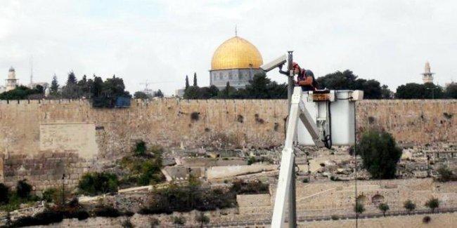 الاحتلال يمهد للمزيد من كاميرات المراقبة في القدس