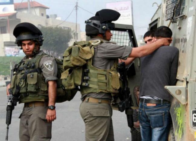 قوات الاحتلال تعتقل شابا من القدس