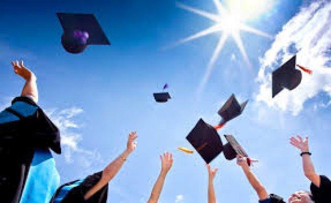 """""""التربية"""" تعلن عن منح دراسية في جامعة لامبينغ بأندونيسيا"""