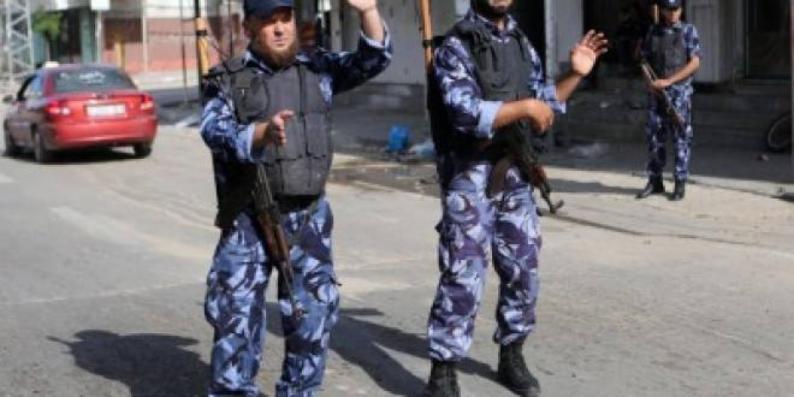الديمقراطية تؤكد رفضها للاستدعاءات والملاحقات الأمنية ومصادرة الحريات وتدعو للإفراج الفوري عن كافة المعتقلين السياسيين