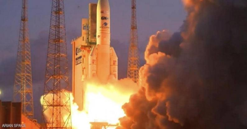 """(فيديو) إطلاق القمر الصناعي المصري الأول للاتصالات """"طيبة-1"""""""