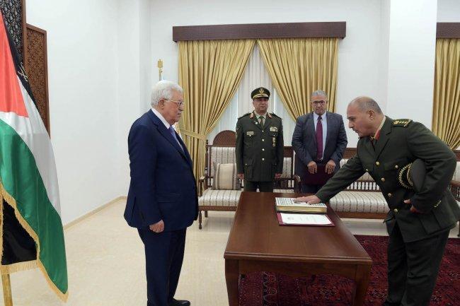 العميد عبد الناصر جرار يؤدي اليمين القانونية أمام الرئيس نائبا عاما عسكريا