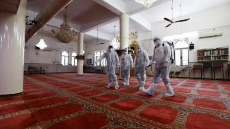 محافظ بيت لحم يقرر إغلاق مسجد بسبب فيروس كورونا