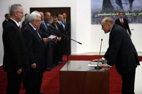 """""""وطن"""" تنشر رد الصحفي صدقة على وزير المالية"""