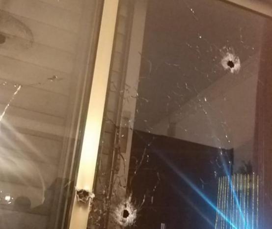 استهداف منزل الصحفي نضال إغبارية في أم الفحم
