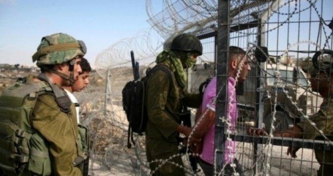غزة: جيش الاحتلال اختطف الطفل سالم بعد اصابته وسرق منه المال وسمح لمستوطن بشتمه !