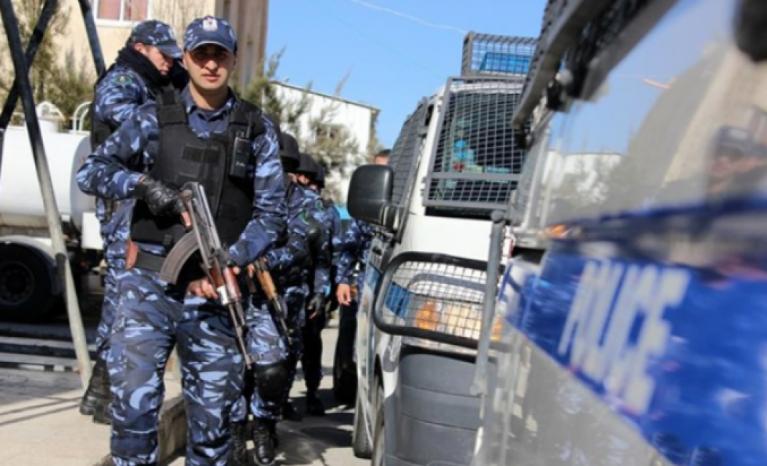 الشرطة تقبض على تاجر مخدرات صادر بحقه حكم 15عاما في نابلس