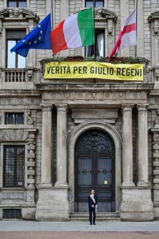 إيطاليا تنكس أعلامها.. والموت يضرب رقما قياسيا بإسبانيا