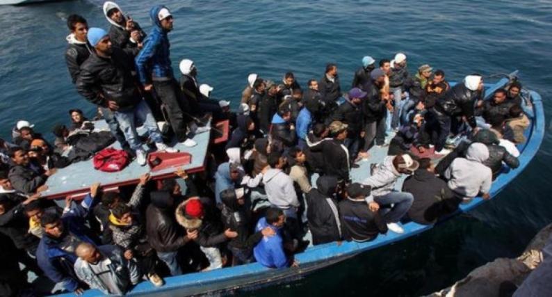 إنقاذ 78 مهاجرا قبالة السواحل الليبية