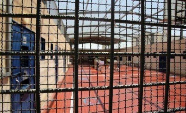 """""""هيئة الاسرى"""": قرار مصلحة سجون الاحتلال تقليص مشتريات الاسرى جائر وعنصري"""