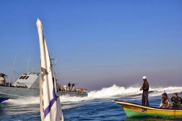 بحرية الاحتلال تجدد خرق التهدئة وتطلق النار صوب الصيادين